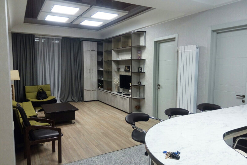 3-комн. квартира, 95 кв.м. на 4 человека, улица Павла Ингороквы, 19, Тбилиси - Фотография 13