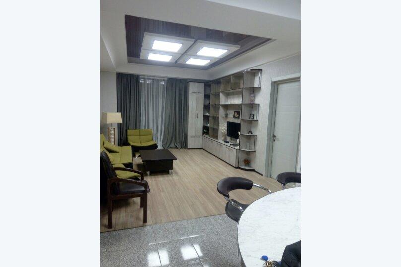 3-комн. квартира, 95 кв.м. на 4 человека, улица Павла Ингороквы, 19, Тбилиси - Фотография 14