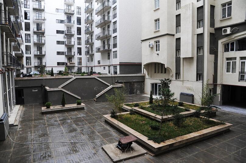 3-комн. квартира, 95 кв.м. на 4 человека, улица Павла Ингороквы, 19, Тбилиси - Фотография 18