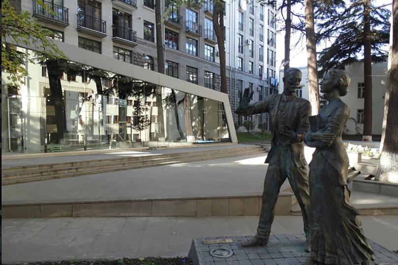3-комн. квартира, 95 кв.м. на 4 человека, улица Павла Ингороквы, 19, Тбилиси - Фотография 21