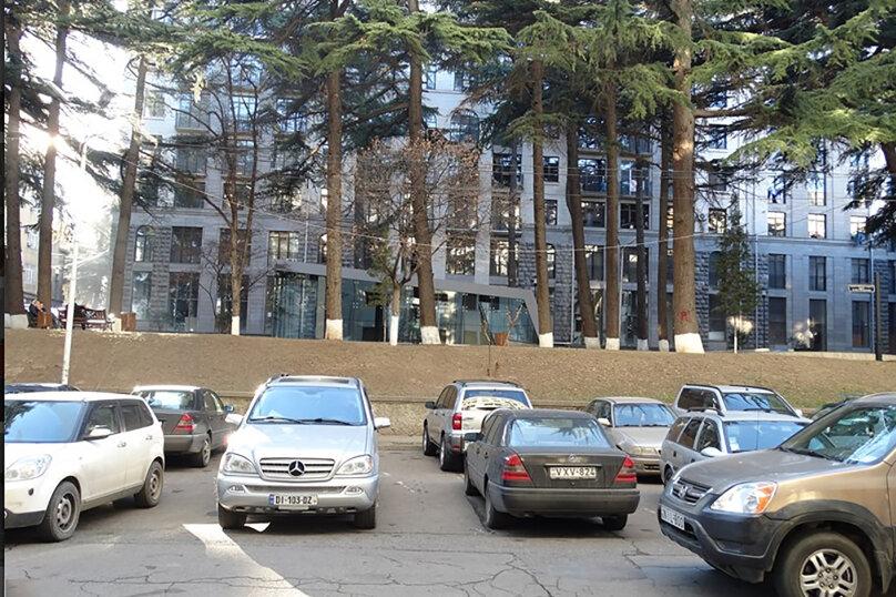 3-комн. квартира, 95 кв.м. на 4 человека, улица Павла Ингороквы, 19, Тбилиси - Фотография 22