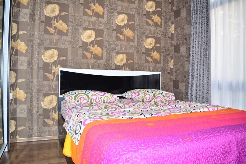 3-комн. квартира, 80 кв.м. на 4 человека, улица Тамары Човелидзе, 6, Тбилиси - Фотография 4