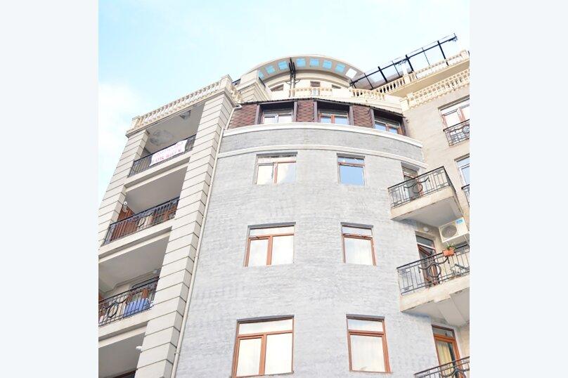 3-комн. квартира, 80 кв.м. на 4 человека, улица Тамары Човелидзе, 6, Тбилиси - Фотография 20