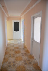 2-комн. квартира, 95 кв.м. на 6 человек, улица Карла Либкнехта, 10, Ейск - Фотография 4