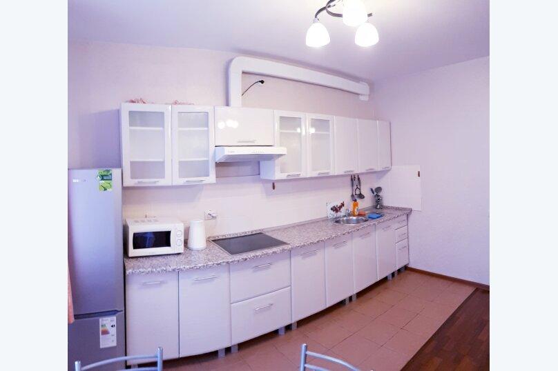 1-комн. квартира, 49 кв.м. на 4 человека, улица Луначарского, 66, Пермь - Фотография 3
