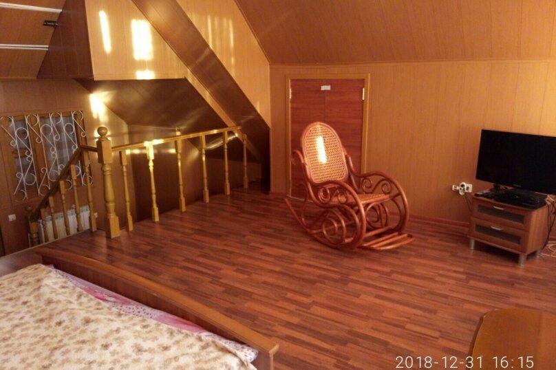 Дом, 220 кв.м. на 10 человек, 3 спальни, д. Зеленая Поляна, ул. Северная, 6, Банное - Фотография 2