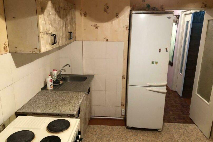 3-комн. квартира, 62 кв.м. на 7 человек, Ленинградская, 23, Кировск - Фотография 2