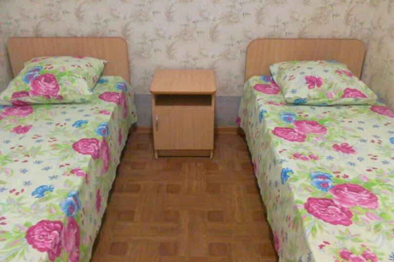 """Гостевой дом """"Приморье"""", Пограничная улица, 20 на 16 комнат - Фотография 5"""
