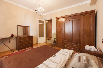 3-комн. квартира, 100 кв.м. на 7 человек, улица Тараса Шевченко, 5, Тбилиси - Фотография 2