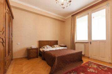 3-комн. квартира, 100 кв.м. на 7 человек, улица Тараса Шевченко, 5, Тбилиси - Фотография 4