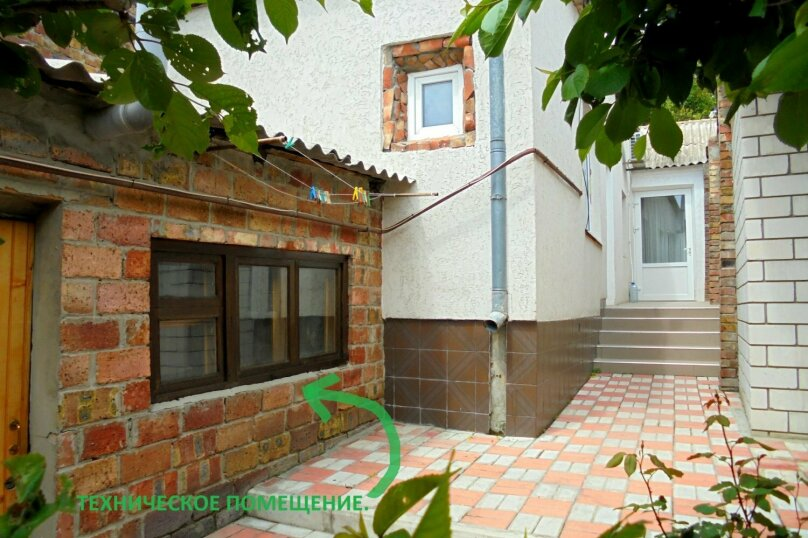 Отдельный дом со своим двором и гаражом, без хозяев., 60 кв.м. на 8 человек, 3 спальни, Лысогорный переулок, 4, Феодосия - Фотография 5