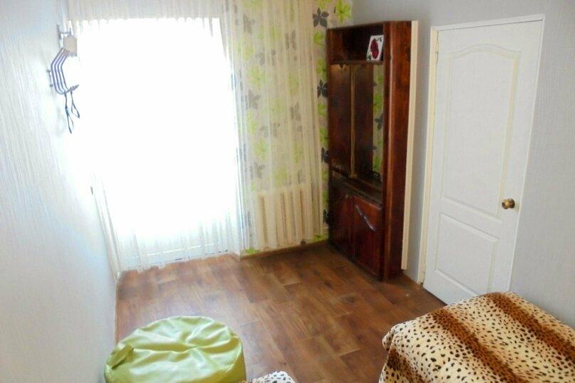 Отдельный дом со своим двором и гаражом, без хозяев., 60 кв.м. на 8 человек, 3 спальни, Лысогорный переулок, 4, Феодосия - Фотография 10