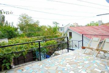 Двухкомнатный домик с террасой на 3-7 человек., 65 кв.м. на 7 человек, 2 спальни, Военно-морской переулок, Феодосия - Фотография 4