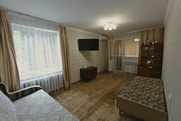 1-комн. квартира, 36 кв.м. на 4 человека, улица Подвойского, Гурзуф - Фотография 1
