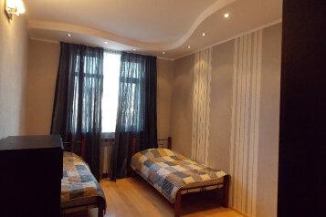 3-комн. квартира, 110 кв.м. на 4 человека, улица Солико Вирсаладзе, Тбилиси - Фотография 2