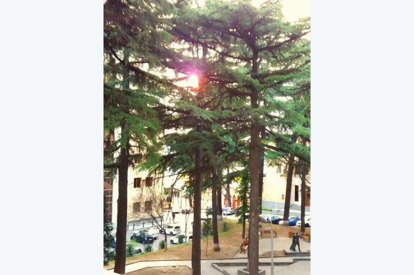 2-комн. квартира, 50 кв.м. на 2 человека, улица Павла Ингороквы, 19, Тбилиси - Фотография 16