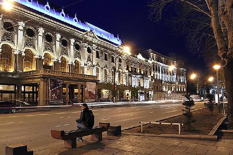 2-комн. квартира, 50 кв.м. на 2 человека, улица Павла Ингороквы, 19, Тбилиси - Фотография 18