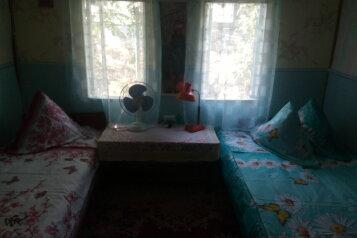 Деревянный домик для летнего отдыха, 20 кв.м. на 3 человека, 1 спальня, Садовая улица, 39, поселок Орджоникидзе, Феодосия - Фотография 2