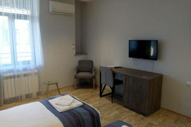 """Отель """"Batu"""", улица Звиада Гамсахурдия, 29 на 11 номеров - Фотография 29"""