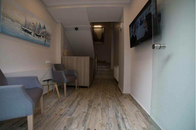 """Отель """"Batu"""", улица Звиада Гамсахурдия, 29 на 11 номеров - Фотография 1"""