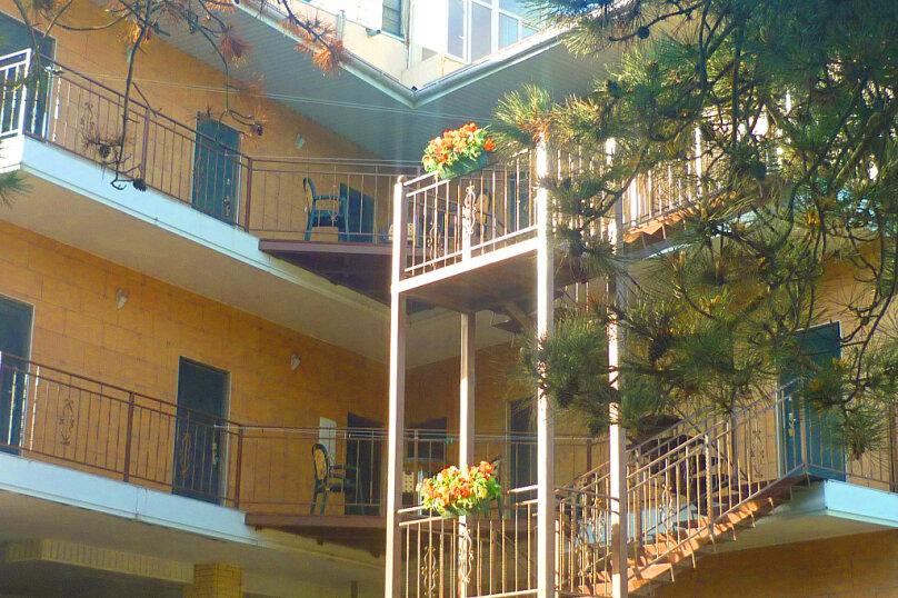 """Отель """"A`море"""", Пионерский проспект, 289 на 15 комнат - Фотография 3"""