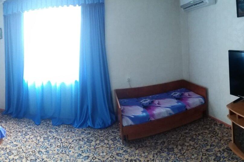 Комната на троих, улица Мира, 5, кв 3, Судак - Фотография 3