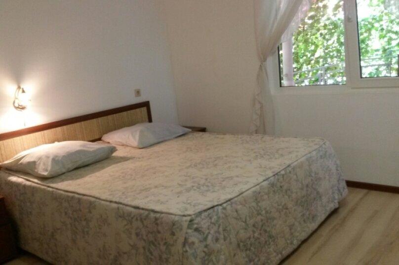 Двухкомнатный с отдельной комнатой-кухней., Таманский проезд, 3, село Сукко - Фотография 1