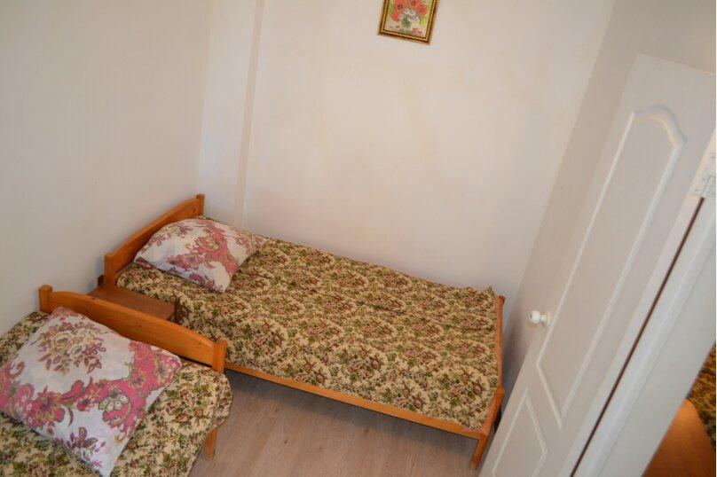 """Гостевой дом """"На Таманском проезде 3"""", Таманский проезд, 3 на 10 комнат - Фотография 12"""