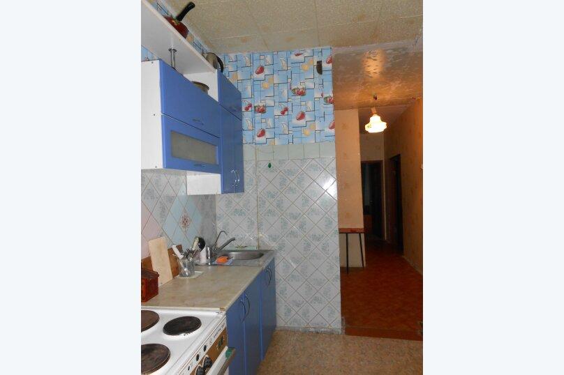 3-комн. квартира, 62 кв.м. на 7 человек, Олимпийская, 69, Кировск - Фотография 18
