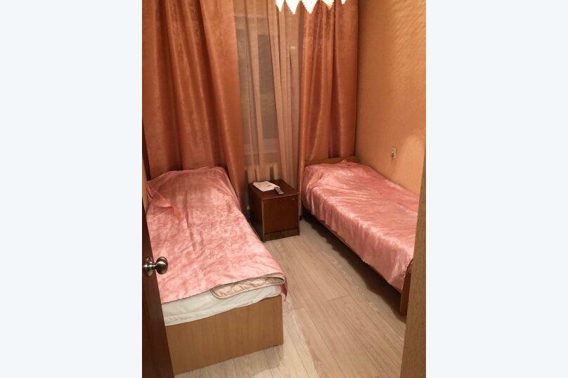 3-комн. квартира, 62 кв.м. на 7 человек, Олимпийская, 79, Кировск - Фотография 13
