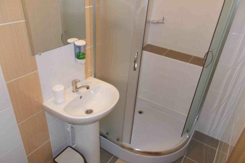 Двухместный номер с собственной ванной комнатой, ул. Уральских рабочих, 50а, Екатеринбург - Фотография 6