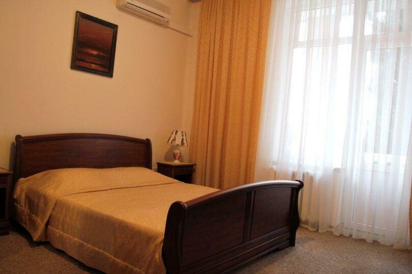 """Мини отель """"Парк Отель Ялта"""", ул.Карла Маркса, 24 а на 7 номеров - Фотография 7"""