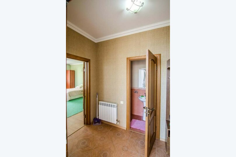"""Гостевой дом """"Уют на Дёмышева"""", улица Дёмышева, 18 на 6 комнат - Фотография 94"""