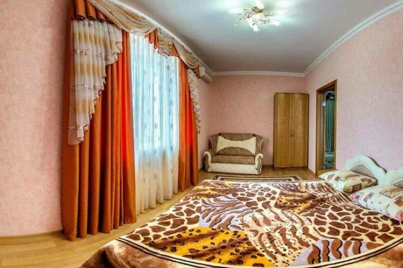 """Гостевой дом """"Уют на Дёмышева"""", улица Дёмышева, 18 на 6 комнат - Фотография 171"""