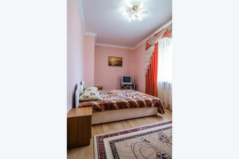"""Гостевой дом """"Уют на Дёмышева"""", улица Дёмышева, 18 на 6 комнат - Фотография 173"""