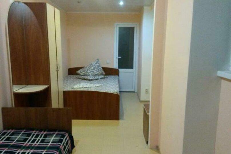 Трехместный номер с собственной ванной комнатой, Мельников , 19, район Ачиклар, Судак - Фотография 1