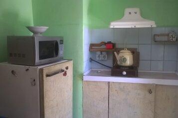 Дачный домик 2 эт, 15 кв.м. на 3 человека, 1 спальня, Маратовская улица, 28, Гаспра - Фотография 4