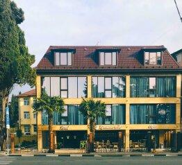 Отель, улица Тюльпанов на 16 номеров - Фотография 1