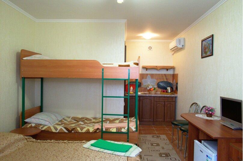 4-х местный стандарт, мини-кухня, Насыпная, 10, Феодосия - Фотография 1