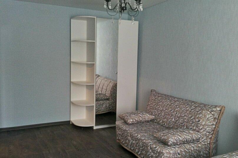 1-комн. квартира, 30 кв.м. на 4 человека, проспект Ибрагимова, 35, Казань - Фотография 2