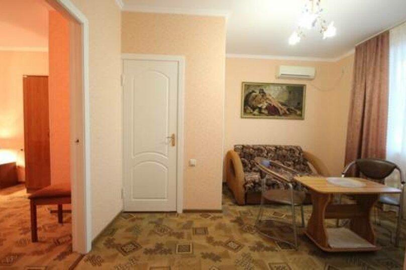 """Гостевой дом """"Алина"""", улица Чкалова, 18 на 19 комнат - Фотография 25"""