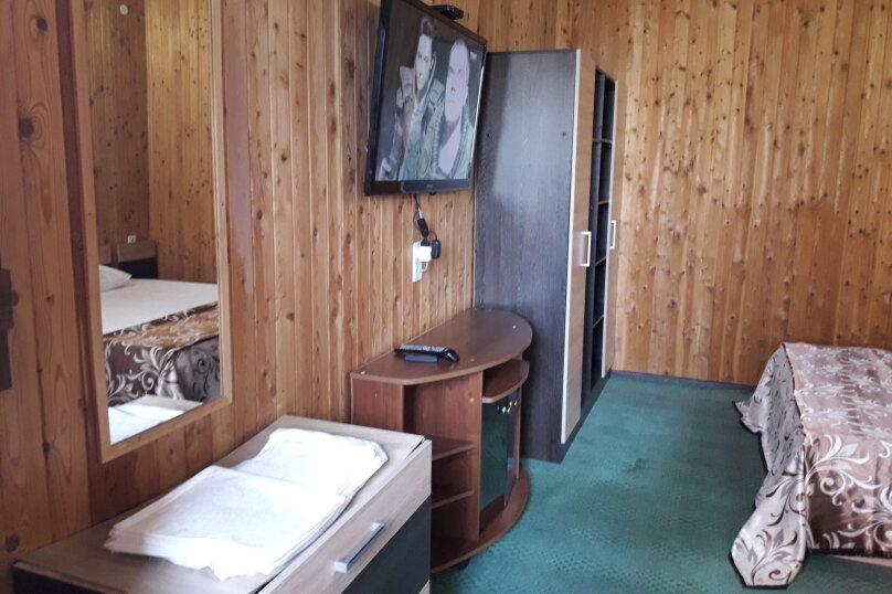"""Гостиница """"Морской Бриз"""", Северная улица, 25 на 4 комнаты - Фотография 9"""