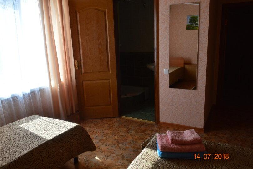 Трехместный номер, Новая улица, 12, посёлок Любимовка, Севастополь - Фотография 1