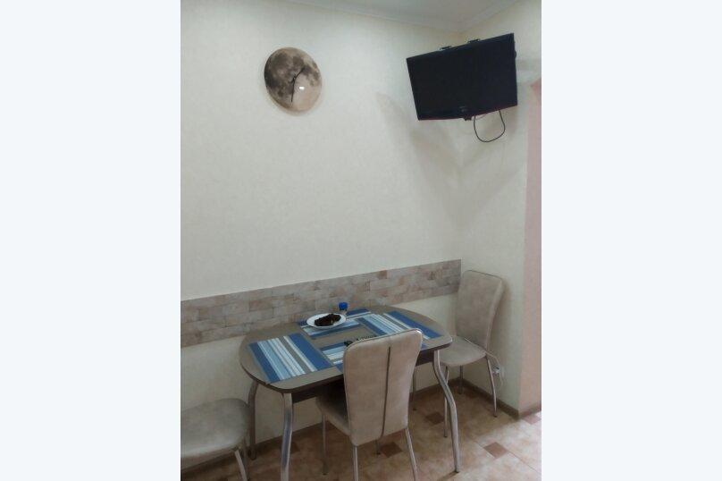 2-комн. квартира, 66 кв.м. на 6 человек, красноармейская , 3, Алушта - Фотография 14
