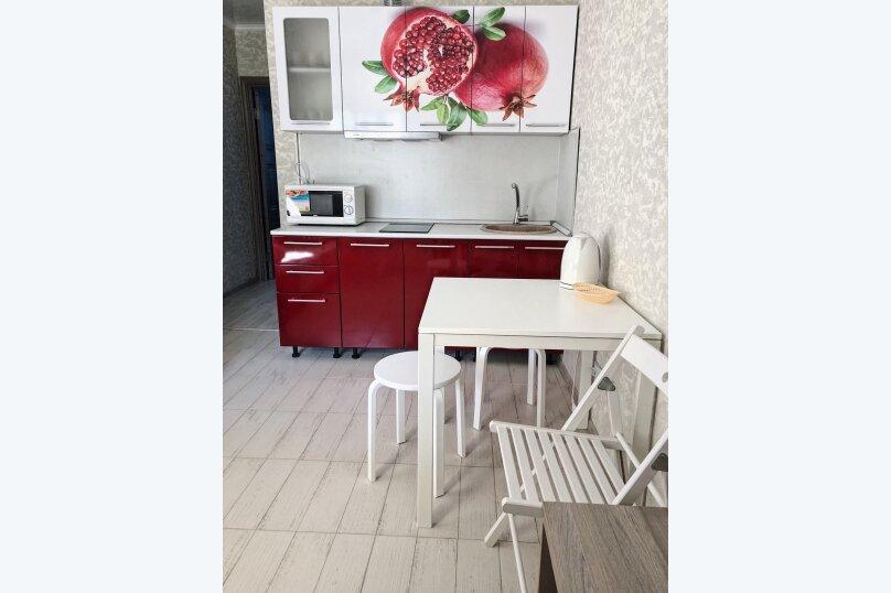Отдельная комната, м-р Школьный , 24, Ольгинка - Фотография 1