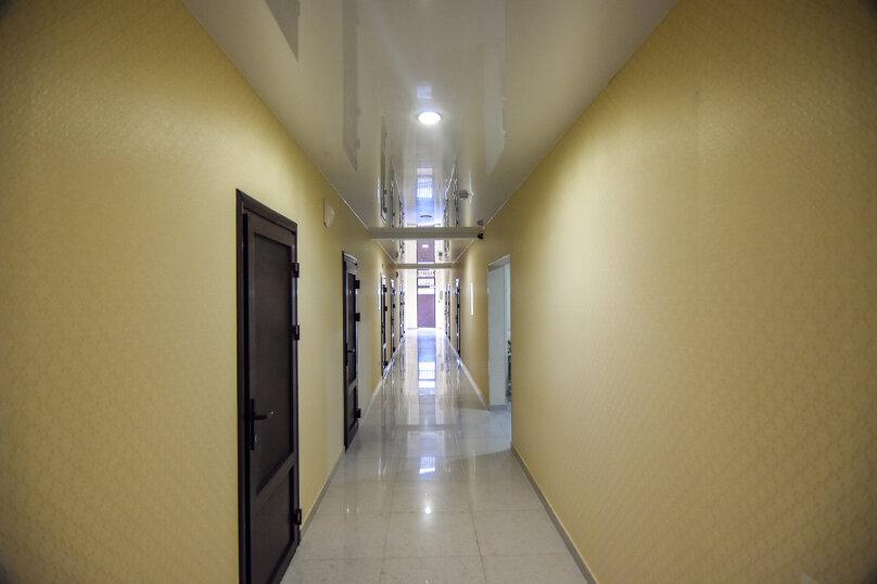 """Гостевой дом """"Династия"""", Абрикосовая, 12 на 32 комнаты - Фотография 35"""