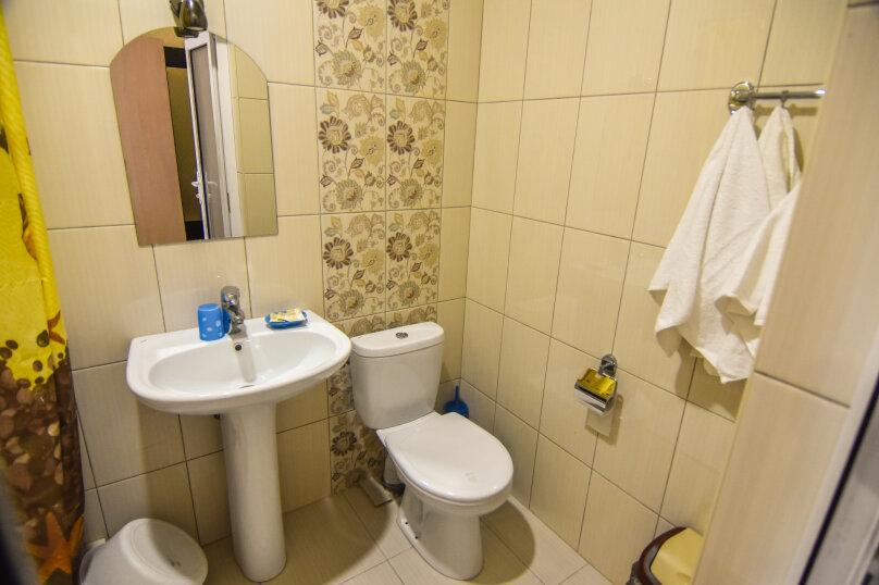 """Гостевой дом """"Династия"""", Абрикосовая, 12 на 32 комнаты - Фотография 56"""