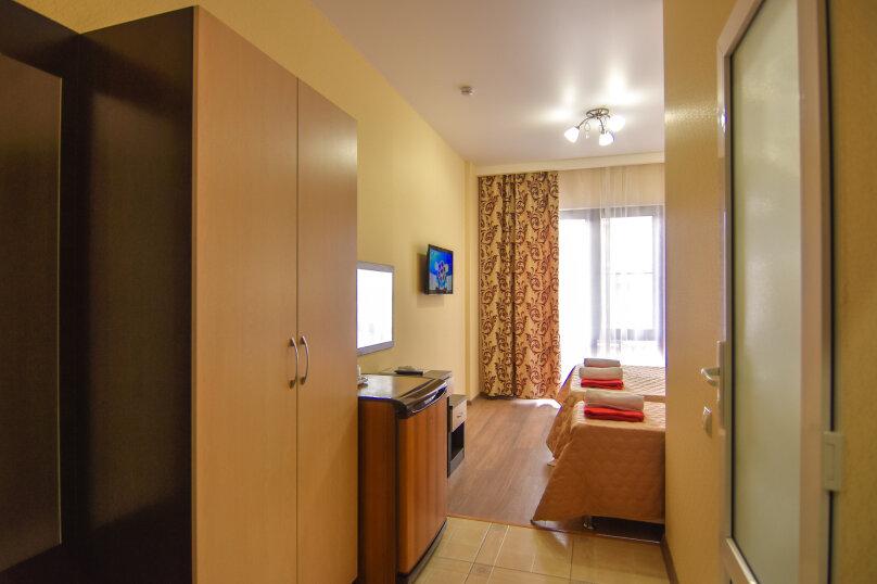 """Гостевой дом """"Династия"""", Абрикосовая, 12 на 32 комнаты - Фотография 45"""