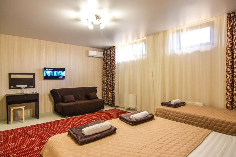 """Гостевой дом """"Династия"""", Абрикосовая, 12 на 32 комнаты - Фотография 79"""