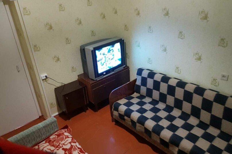 3-комн. квартира, 62 кв.м. на 7 человек, Ленинградская, 23, Кировск - Фотография 10